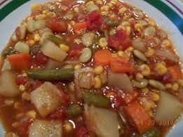 Canning Homemade!: Vegetable soup for canning up your garden!
