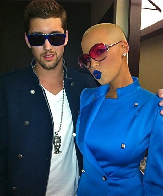 The shiny Amber Rose ...Snazzy Styles...
