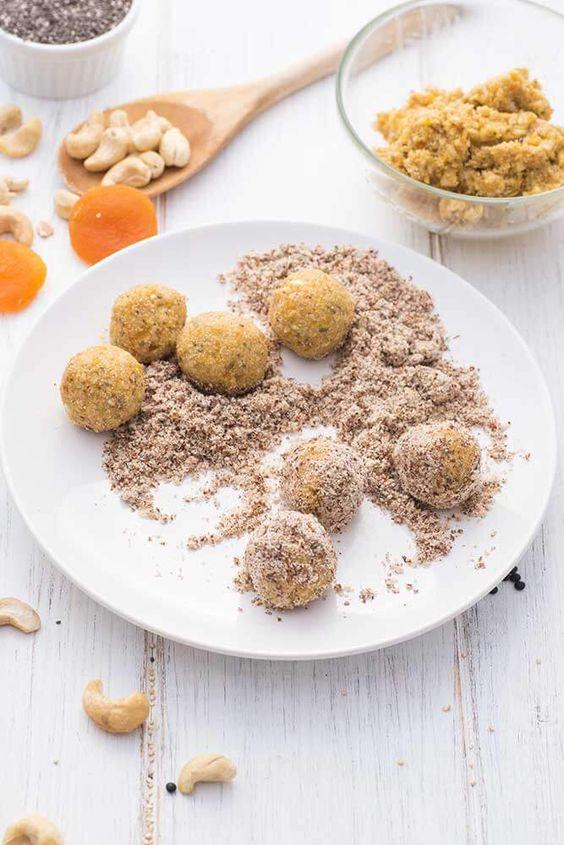 Ein schnelles Rezept für einen Energysnack mit Aprikose, Ingwer und Chia - So einfach kannst du dir den Snack mit vielen natürlichen Zutaten selber machen.