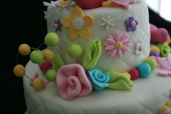 Cakes by Mayen: Favorite Cakes, Figurines Flowers, Fondant Gum Paste, Paste Figurines