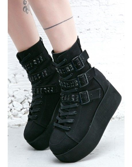 Women's Shoes - Platforms, Creepers, Jellys, Boots + More