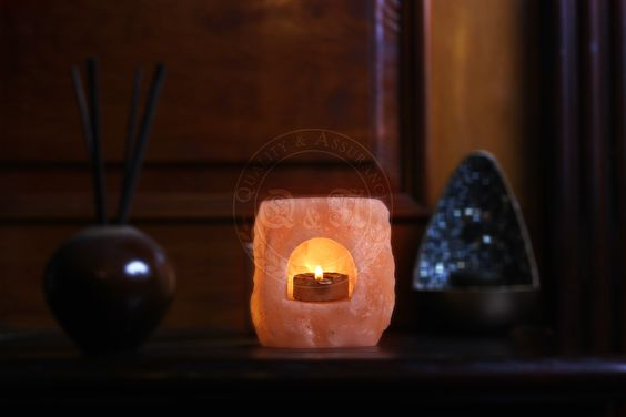 Q&A Himalayan Salt Fortress Arch Tealight Candle Holder
