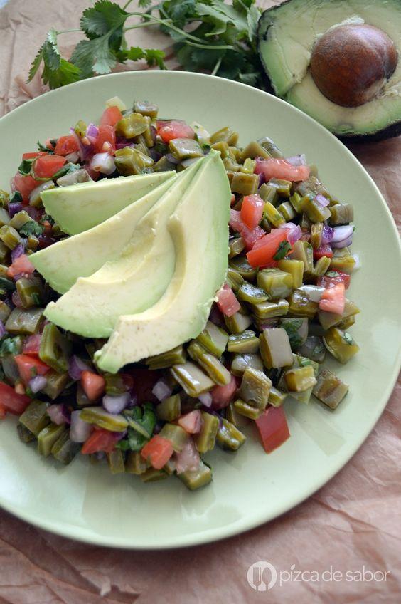 Ensalada de nopales www.pizcadesabor.com