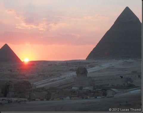 Giza_Egito   Foto: Lucas Thomé  www.comospesnomundo.com