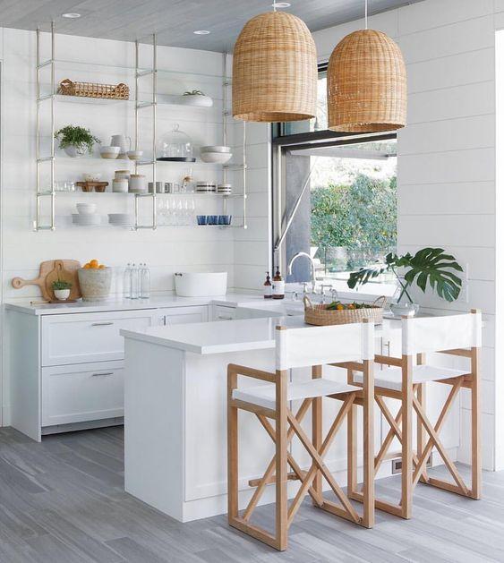 Studio Lifestyle white kitchen