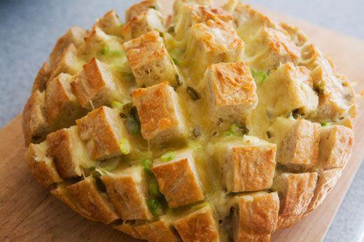 cheesy jalapeno pull bread