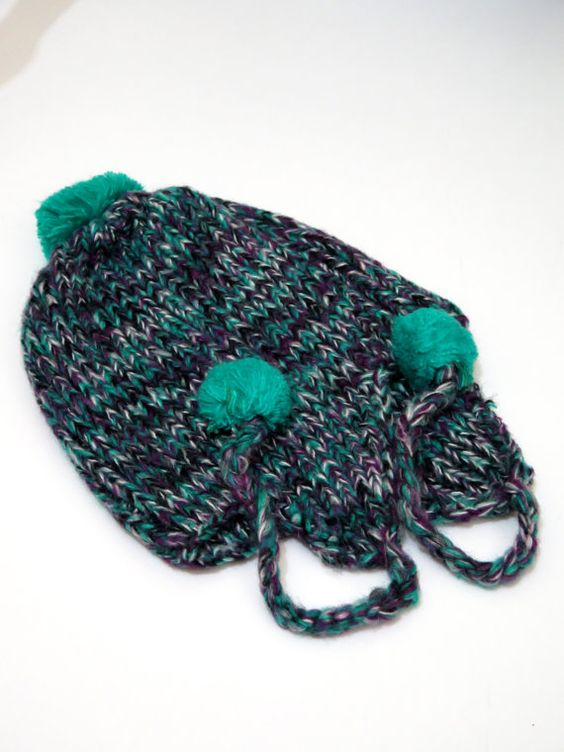 Check out this item in my Etsy shop https://www.etsy.com/listing/239874855/cozy-hat-emerald-green-slouch-chunky