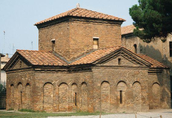 Mausoleum of Galla Placidia exterior, c. 425 AD, Ravenna, Italy
