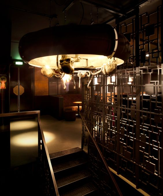 Jimmywoo interior design nightclub amsterdam skulls for Interior design amsterdam