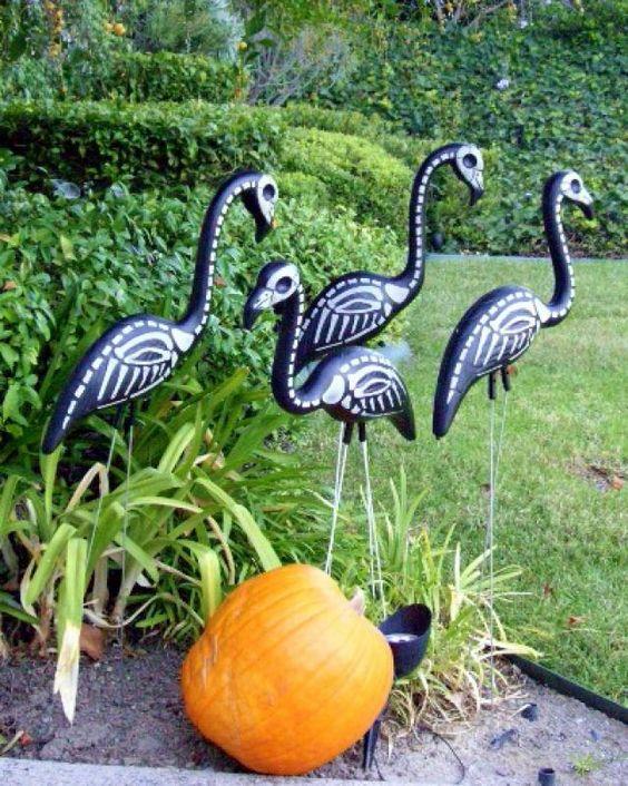Halloween Outdoor Decorations - Skel-A-Flamingo - Photo © Lisa Hallett Taylor