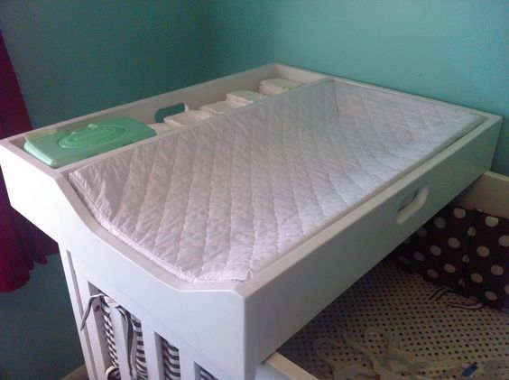 {Jenny Free Style}: Our Changing Station Crib Topper - need my hubby to make one of these for our small nursery.