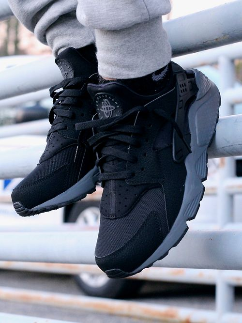 Nike Air Huarache Black Mens