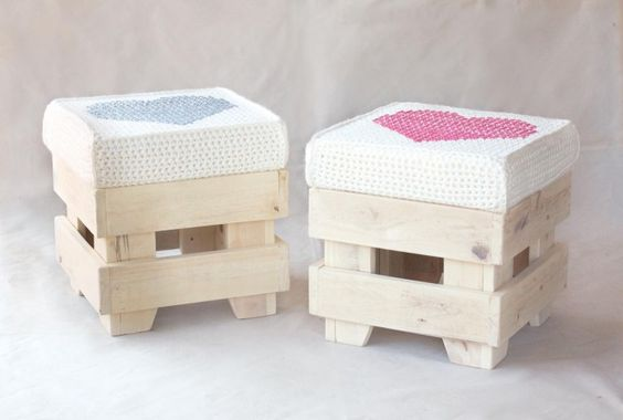 Pallet stools: Muebles Destacado, Ideas Diy Projects, Wood Pallet, Pallet Stool, Ideas Banquetas, Craft Ideas Diy, Pallet Ideas, Con Pallets, De Pallets