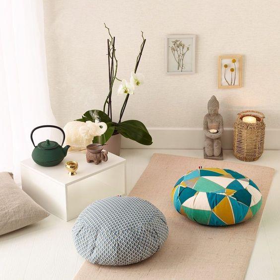 Yoga em casa: 12 ideias de decoração para preparar seu cantinho - Casa Vogue | Ambientes