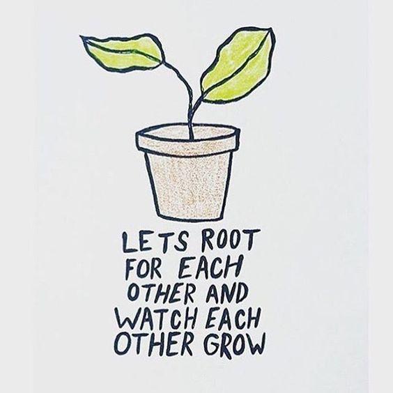 Dit geeft toch wel een gezellig gevoel, een gevoel van samenwerking en samen groeien. Misschien kunnen we wel een plant geven? Die dan nog niet zo groot is, maar nog groter wordt? Dan kunnen wij hun bij een bezoek een (gele) gieter geven. Dan zorgen we er samen voor dat de plant groeit, daarnaast: Planten zijn gezellig en maken sfeer.
