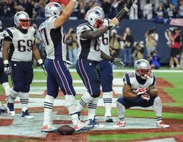 Patriots clinch division title with Dolphins loss to Giants