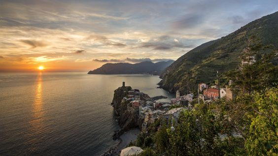 A perfect Sunset by Paolo Berardi on 500px