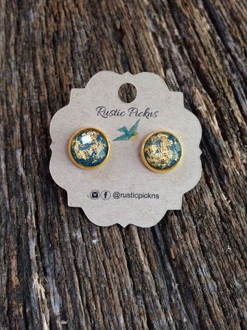 Emerald Green with Gold Flake Studs