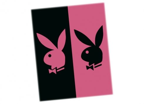 PLAYBOY TELO MARE ROSA/NERO DOPPI  Telo mare in spugna misura maggiorata nei colori rosa e nero e disegno coniglio. misure 150x160 cm