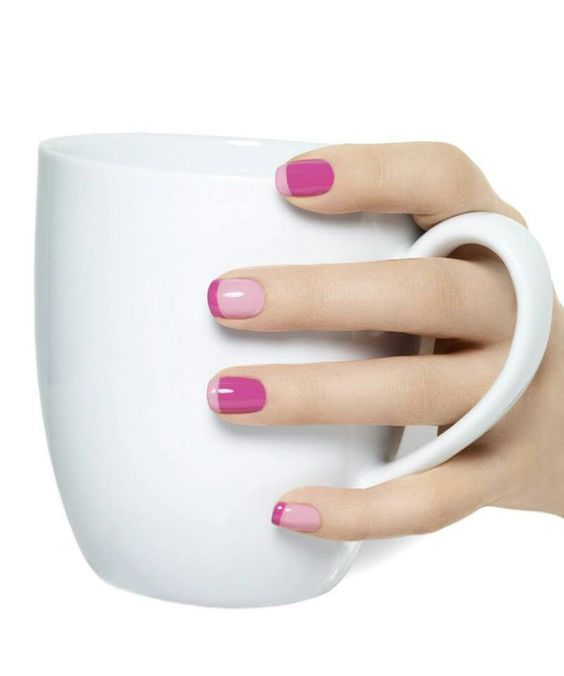 Que te parece este #French Manicure? Utiliza tono Orchid de esmaltes #TheOne larga duracion, para obtener uñas perfectas hasta por 14 dias:)