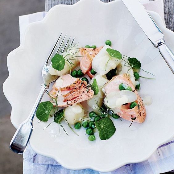 We can't get enough of this spring salad of kipfler potatoes and flaked salmon with fresh peas and buttermilk for casual elegance and outdoor eating. Find the recipe in our October issue. #makeitdelicious #spring #salad #healthy Recipe Darryl Taylor Photography @mroper Styling @vallilittle