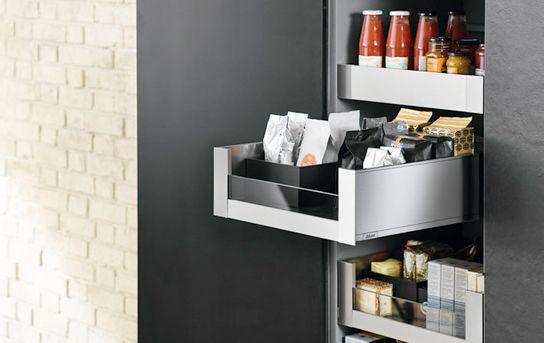 Keukenkast met indeling keukenlade Legrabox van Blum   Keukens   Opbergsystemen en keukenkasten