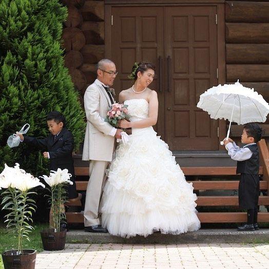 お子様の パパとママの写真は の何気ない一言がきっかけで 結婚式をしなかったけど 子どもが生まれた今 子どもと一緒に結婚式を 子どもと一緒に写真を パパママ婚 ファミリー婚 お写真だけの結婚式 披露パーティ 2 Flower Girl Dresses Wedding