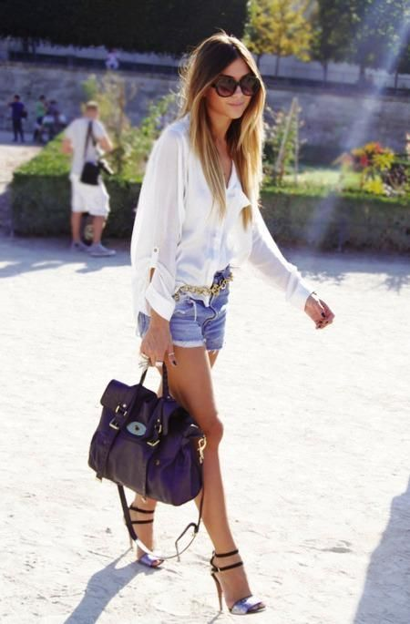if you're going to wear denim shorts... wear it with more than a tank top.  THIS is what I'm talking about... pretty!!