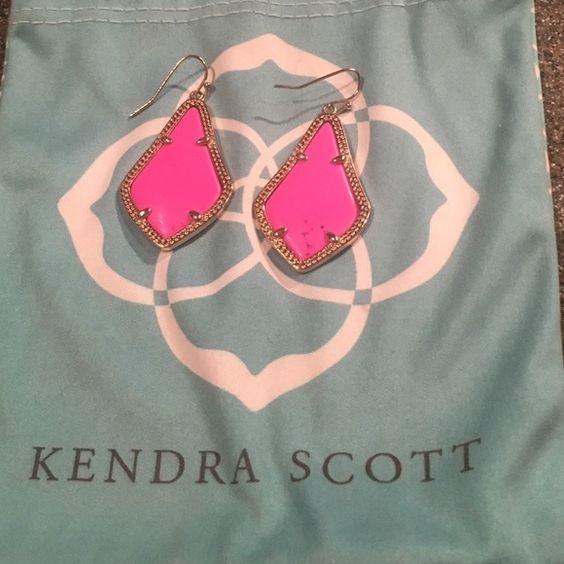 Kendra Scott Alex Earrings Kendra Scott Magenta Magnesite Alex earrings. Dust bag included! Kendra Scott Jewelry Earrings