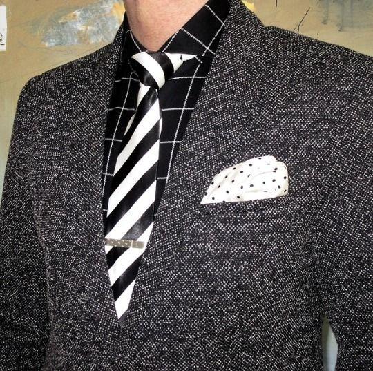 giacca cravatta e jeans vintage