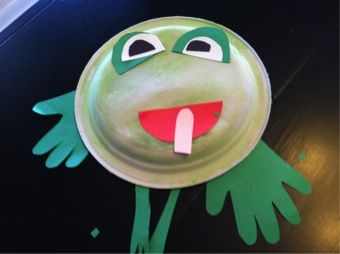 A Frog Thing ~ Cute ideas for using the book to teach the letter F