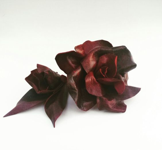 Rosas de piel roja