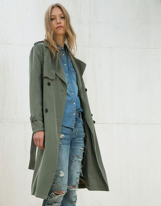 Flowy trench coat. Discover this and many more items in Bershka with new products every week