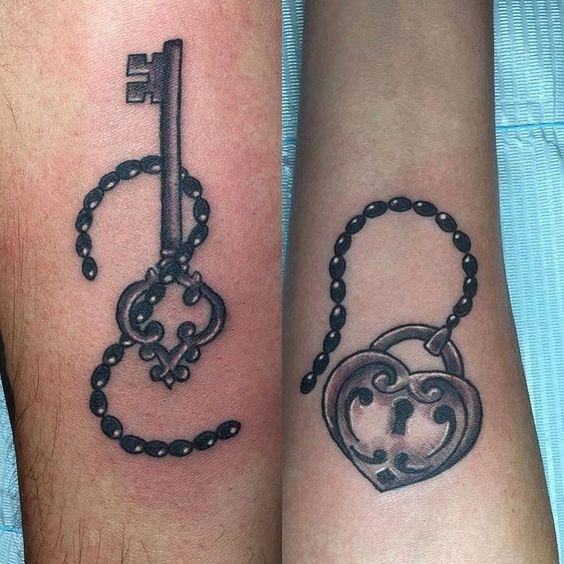 Fun little lock & key done by @_l_bomb #matchingtattoos #hhniagara #hartandhuntington #lock #key #coupletattoos #ink #tattooedmen #tattooedwomen #tattooedcouples