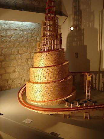 Pingl par amelie bergeron sur kapla pinterest jeux for Construire une maison en kapla