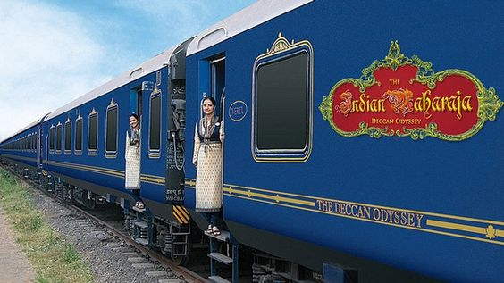 4 Ways to Enjoy Luxury Train Travel