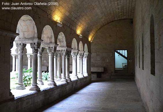 GIRONA (Girona) Monasterio de Sant Pere de Galligants Claustro