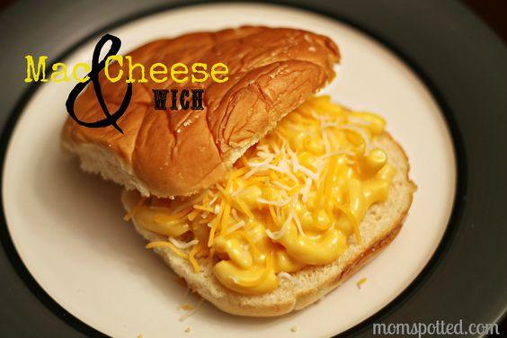 Mac Cheese Sandwich. Carb Overload YUM