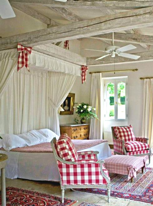 Cottage d cor red cream bedroom country pinterest Red and cream bedroom ideas