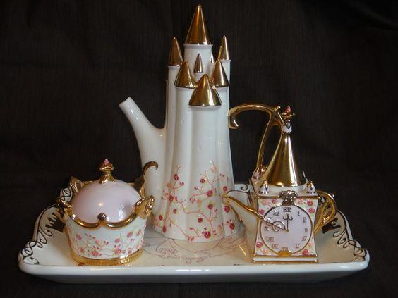 Disney Cinderella Tea Set Royal Dreams Coach Retired