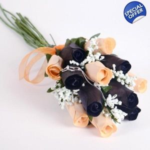 Black and peachy wax roses