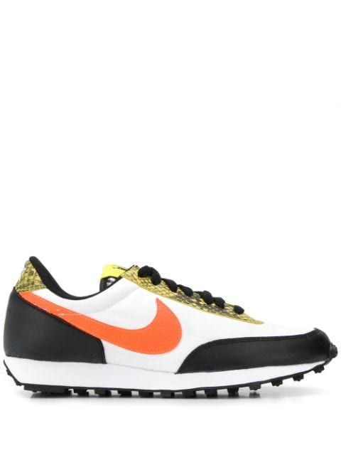 orange low top nikes