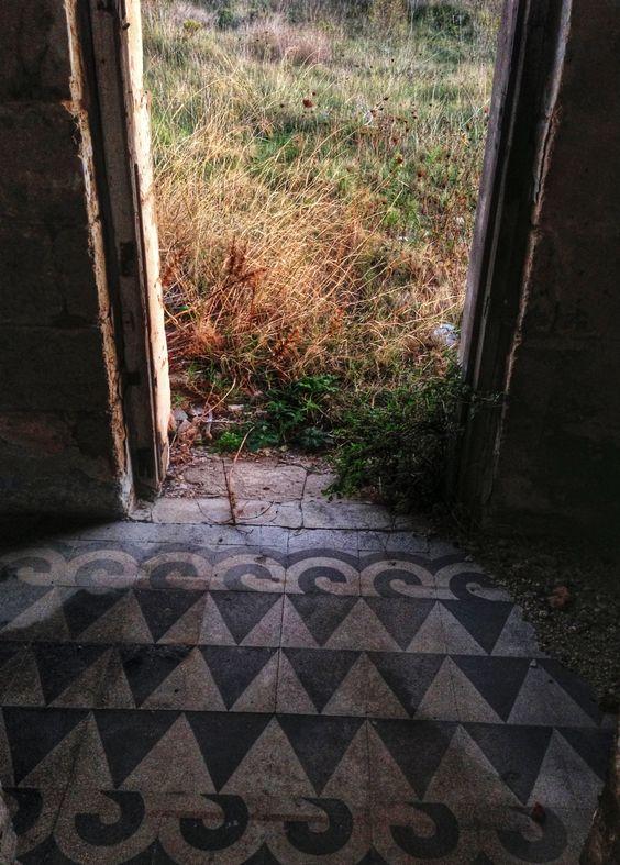 Villa Skirmunt (casa degli spiriti)  Brindisi (Italy)