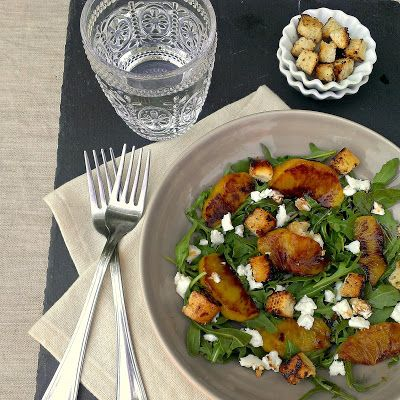 honey & figs: Peach, Goat Cheese & Honey Croutons Salad