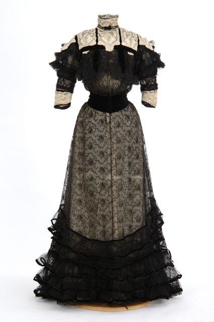 Black lace over white silk dress. Madame Rose H. Boyd, 1904-1906, via MNHS.: