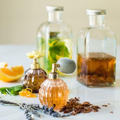 Recettes de parfums aux herbes aromatiques