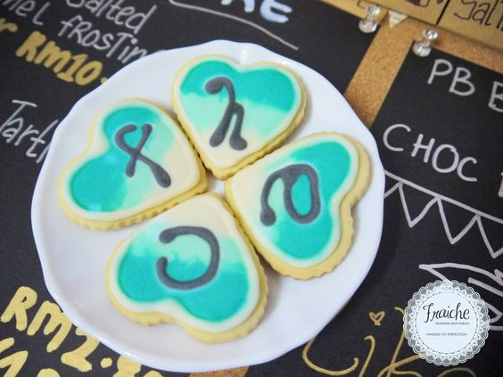 Ombre Sugar Cookies with personalized messages