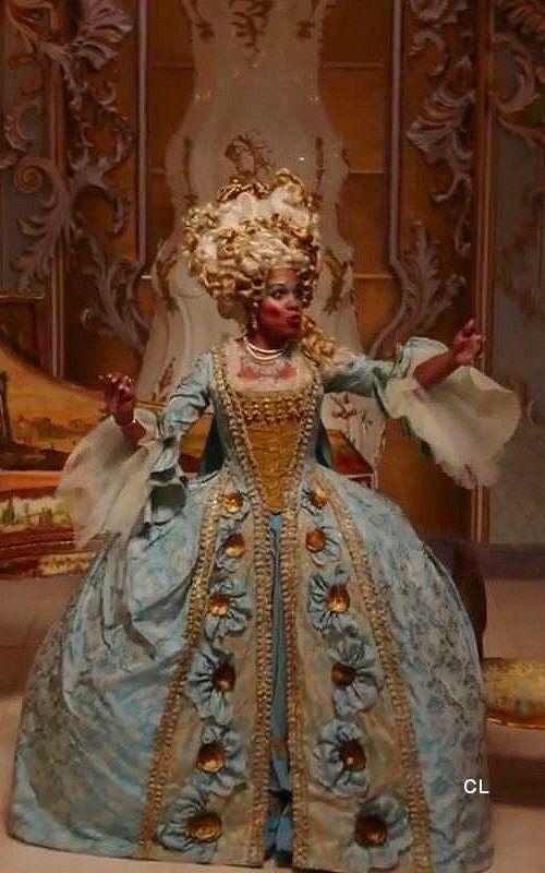 Madame Garderobe Audra Mcdonald Beauty The Beast 2017