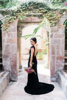 vestido preto para a sessão de fotos de casamento - luxo!  Mais inspiração todos os dias weddywood.ru