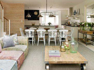 HOUSE IN WIMBLEDON moderne-klassik-wohnzimmer